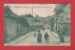 Thorigny --  La Madeleine Et Le Passage à Niveau - France