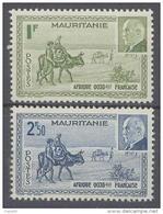 Mauritanie N° 123 / 24  X  Caravane Et Effigie Du Mal Pétain, Les 2 Valeurs Trace De  Charnière Sinon TB - Ungebraucht