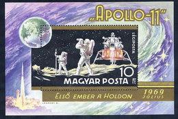 HUNGARY 1969 Apollo 11  Block MNH / **.  Michel Block 72 - Blocks & Sheetlets
