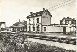 GODARVILLE: La Gare - Andere