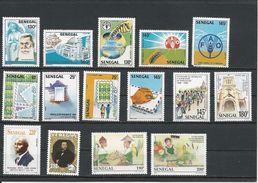 SÉNÉGAL Scott Voir Description Yvert 720-1, 717-9,800-3, 840-1,1037,1248, 1253-4 (15) ** 719 Dent Cote 16,20$ 1989-1997 - Sénégal (1960-...)