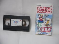 VHS L'ALBERO AZZURRO SUL TETTO DI UN GRATTACIELO. - Cartoni Animati