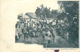 A-17-1181 :   LAOS GROUPE DE LAOTIENS A KHONG - Laos