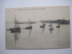 CPA Le Croisic Barque De Peche Au Mouillage T.B.E. 19.. - Le Croisic