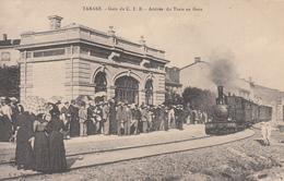 TARARE (69) Gare Du CFB - Arrivée Du Train En Gare - Tarare
