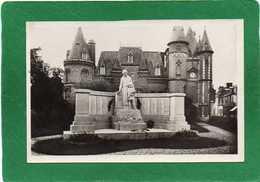 80 Corbie LE MONUMENT ET L'HÔTEL DE VILLE  CPSM  P F EDIT G REANT    N°3 - Corbie