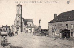 Les Lucs Sur Boulogne : La Place De L'église - Les Lucs Sur Boulogne