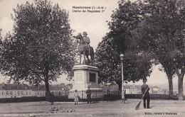 77----MONTEREAU---statue De Napoléon 1er---voir 2 Scans - Montereau