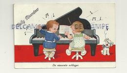 """Couple D'enfants Au Piano Et Chien Qui """"chante"""" . 1935. Signée John Willis - Wills, John"""