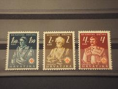 CROAZIA - 1941 CROCE ROSSA/COSTUMI  3 VALORI - NUOVI(+) - Croazia