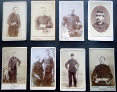 MILITAIRES UNIFORMES  HUIT  PHOTOS FORMAT CARTES DE VISITE DRAGONS CHASSEUR  ALPIN GENIE CUIRASSIERS  ... 1890/1920 - Guerre, Militaire