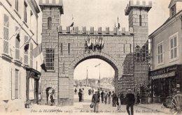 V6199 Cpa 41 Fêtes De Blois - Arc De Triomphe à L'entrée De La Rue Denis Papin - Blois
