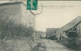 21 LA ROCHE VANNEAU / Entrée Du Village Et Mairie / - France