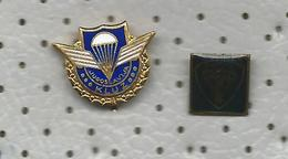 Skydiving - 2 Pins - Airplanes