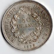 PIECE DE 50 FRABCS EN ARGENT DE 1977 - Francia
