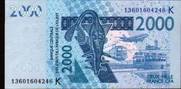 ÉTATS D´AFRIQUE DE L´OUEST 2000 Francs 2003 (lettre K: Sénégal) , Verso Poisson, Neuf, UNC - États D'Afrique De L'Ouest