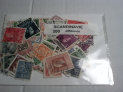 200 TIMBRES SCANDINAVIE VRAC - Timbres