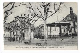 TREVOUX  (cpa 01)  La Place, L'église Et L'hôtel De Ville -   - L 1 - Trévoux
