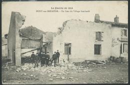 La Guerre De 1914 -  Mont Sur Meurthe - Un Coin Du Village Bombardé    - Obf0682 - Guerre 1914-18