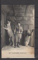 Melle Alexandre - Dompteuse  - Lionnes - Zirkus