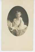 ENFANTS - LITTLE GIRL - MAEDCHEN - Belle Carte Photo Portrait Petite Fille  (non Située ) - Portraits
