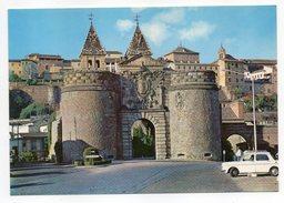 Espagne--TOLEDO--Porte De Bisagra (voiture Simca ???) Cpsm 15 X 10 N° 1602 éd Julio De La Cruz - Toledo