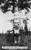 THEME AMERINDIENS / Indian Totem Pole - Alert Bat - Canada - Amérique