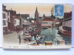 80 - AMIENS - RUE DES MAJOTS - LE MARCHE DES BROCANTEURS - ANIMEE - 1921 - Amiens