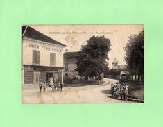 D2001 - MAREUIL Les MEAUX - 77 - La Place Gambetta - L'UNION COMMERCIALE - Francia