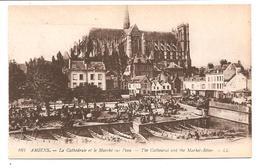 DC 70 - Amiens - La Cathedrale Et Le Marche Sur L'eau. - LL 162 - Amiens