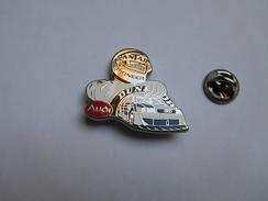 Beau Pin's En Zamac , Auto Audi , Sport Proto , Le Mans , Pneu Dunlop , Carburant Oil Antar - Audi