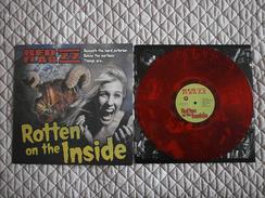 RED FLAG 77 - Rotten On The Inside - LP - PUNK - Vinyl ROUGE - ROSE TATTOO - Punk