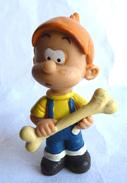 Figurine BOULE ET BILL , BOULE AVEC UN OS PLASTOY - ROBA - 2002 - Autres
