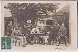 CARTE PHOTO : UNE PARTIE DE CARTES - BELOTE - CERCLE PATRONAGE - ARDENAY (SARTHE ) ?- 2 SCANS - - Cartes à Jouer
