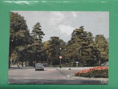 CPSM 92 BOULOGNE BILLANCOURANT L OREE DU BOIS DE BOULOGNE UNE DS SUR LA ROUTE - Boulogne Billancourt