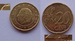 N. 46 ERRORE EURO !!! 20 CT. 2002 BELGIO FRATTURA ED ESUBERO DI METALLO !!! - Errores Y Curiosidades