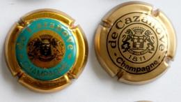 LOT SERIE DE 2  PLAQUES DE MUSELET / CAPSULES A CHAMPAGNE - De CAZANOVE - De Cazanove