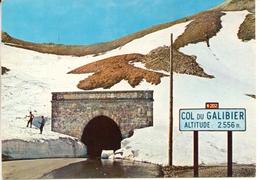 LE COL DU GALIBIER  - L'entrée Du Tunnel Sous La Neige - Beau Plan - Autres Communes