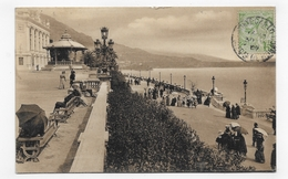 MONACO EN 1907 - N° 982 - TERRASSES ET KIOSQUE - LEGER PLI ANGLE BAS A DROITE -TIMBRE ET CACHET DE MONACO -  CPA VOYAGEE - Terraces
