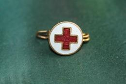 WWI Insigne De Col En émail Grand Feu - Croix Rouge Française - French Red Cross - WW1 - 1914-18