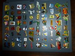 Classeur Collecteur Pour Pins  Avec 160 Pins Differents - Badges