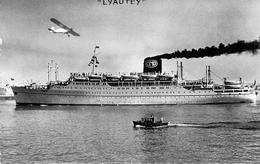 """C P S M  """"Lyautey """" Compagnie De Navigation Paquet 1950 Marseille - Passagiersschepen"""