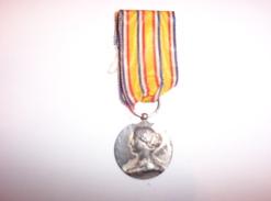 Médaille Ministère De L'Intérieur (O. Roty) Sapeurs Pompiers Argent Dans Son Jus (non Netoyée) - Firemen