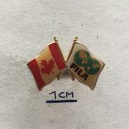 Badge (Pin) ZN004349 - Wrestling Canada Federation / Association / Union FILA - Wrestling
