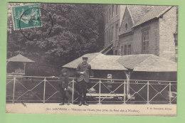 LOUVIERS : Maisons Sur L'Eure, Vue Prise Du Pont Des 4 Moulins. Beau Plan. 2  Scans. Edition Bonadona - Louviers