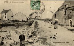 LE BOURG DE BATZ  RUINES DE NOTRE DAME DU MURIER ET EGLISE SAINT GUENOLE - Batz-sur-Mer (Bourg De B.)