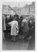 PHOTO ANCIENNE -  Paul Ferar  Au Marché De LAIGLE  (61) - Orte