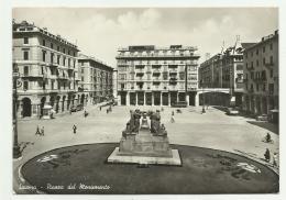 SAVONA . PIAZZA DEL MONUMENTO   VIAGGIATA FG - Savona