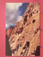 Etats-Unis - New Mexico - Cave Kiva In The Cliff Ruins In Frijoles Canyon - Excellent état - Scans Recto-verso - Etats-Unis
