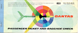 "05393 ""QANTAS AIRWAYS LTD - PASSENGER TICKET N° 81441-515-81 - MILAN / PARIS / LIMA / CUZCO / LIMA - LUGLIO 1974 "" ORIG. - Biglietti Di Trasporto"
